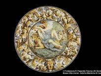 piatto con il ratto deuropa castelli c. a. grue ottavo decennio del xvii secolo